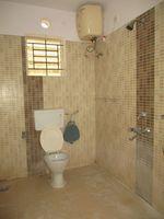 12M3U00167: Bathroom 2