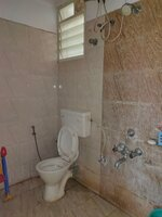15J1U00166: Bathroom 2