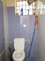 13M5U00293: Bathroom 1