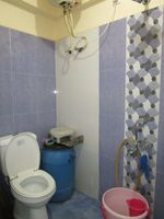 13M5U00293: Bathroom 2