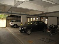 15A4U00100: parkings 1
