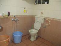 11NBU00143: Bathroom 2
