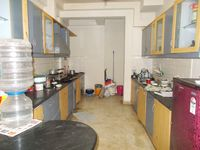 13J1U00246: Kitchen 1