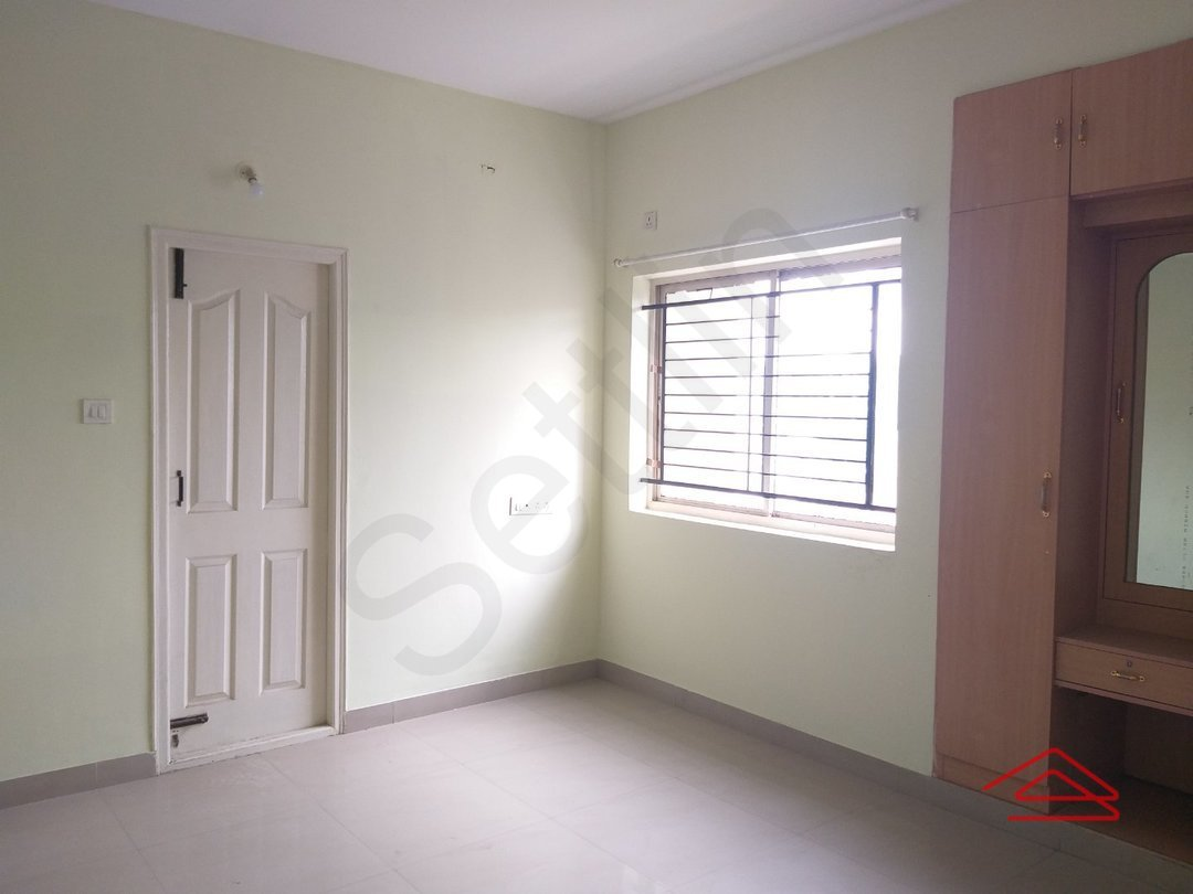 13S9U00060: Bedroom 1