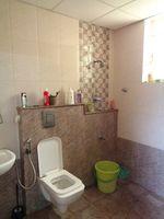 12A8U00248: Bathroom 2