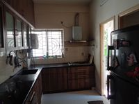 12NBU00280: Kitchen 1