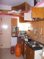 11NBU00618: Kitchen 1