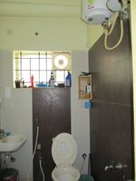 15S9U00991: Bathroom 2
