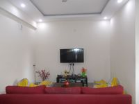 12NBU00262: Hall
