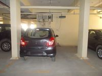 12NBU00262: parking