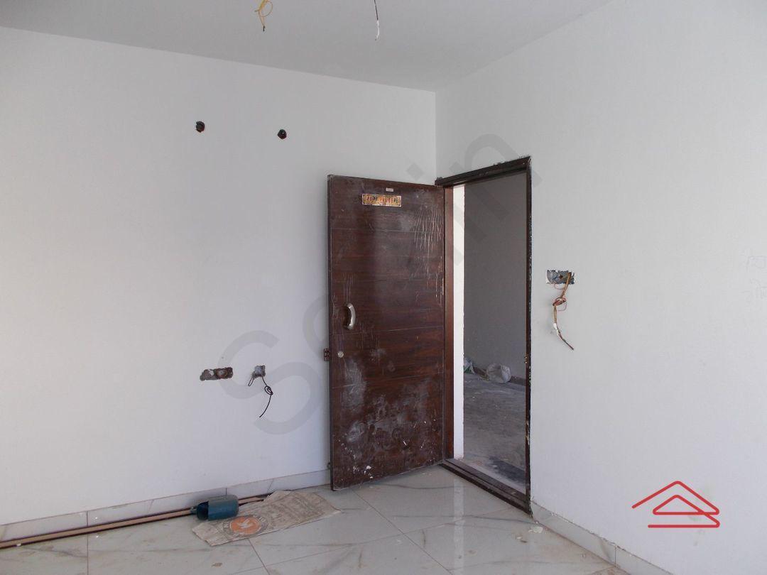 12J1U00164: Bedroom 1
