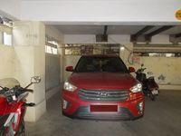 13A4U00273: parking 1