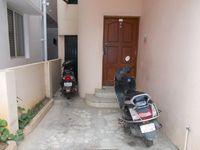 11NBU00125: parking 1