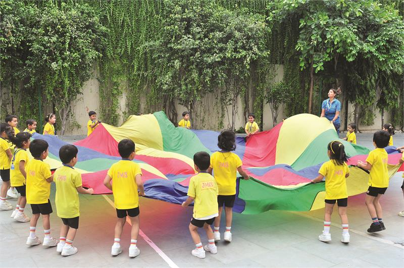 schools near sector 4 Greater Noida West