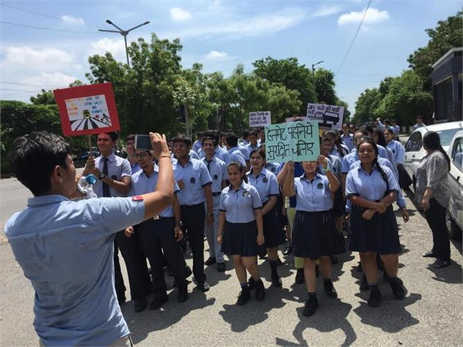 Sri VIS students as part of their social and moral responsibility organized a rally