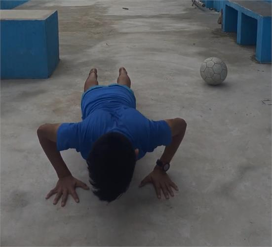 INTERSECTION PUSH-UPS (BOYS) AND ROPE SKIPPING (GIRLS) COMPETITION : CLASSES VIII