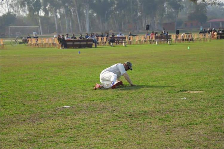 PPS, Nabha , Staff takes the lead again in Festival Cricket Match !
