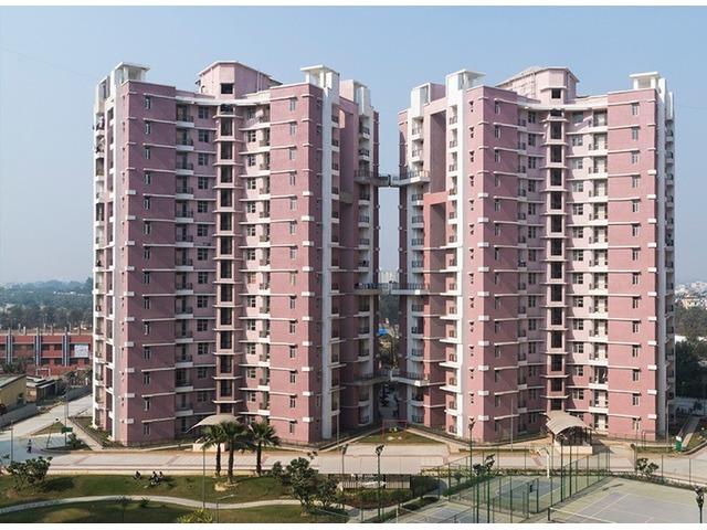 Eldeco Saubhagyam –4BHK Penthouse with Terrace on Raebareli Road - 1/2