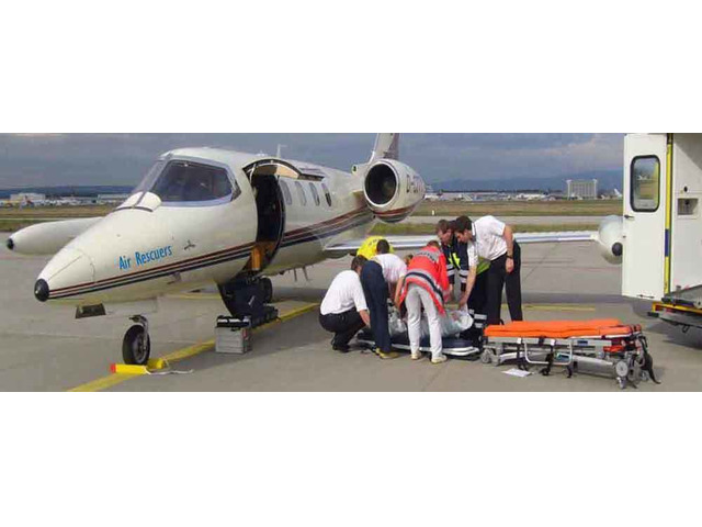 Get Low-cost Air Ambulance Services : Call 9870001118 - 1/4