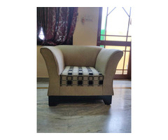 Comfortable 5 seater sofa set with cushions in good condition. - Image 2/4