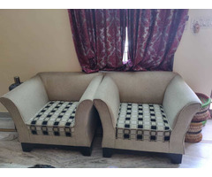 Comfortable 5 seater sofa set with cushions in good condition. - Image 4/4