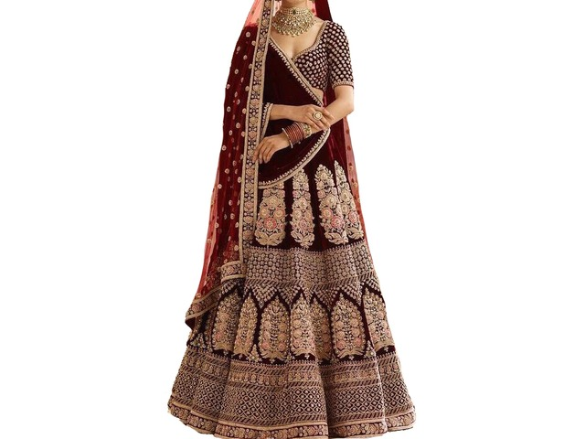 Get Our Newest Collection of Designer Lehangas, Sarees & Suits at a Affordable Price - 1/4
