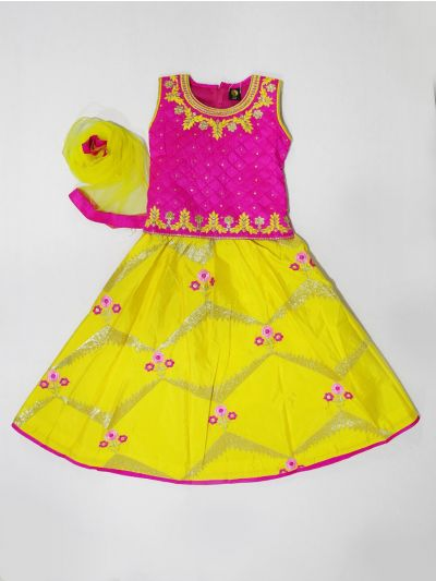 MKC9837635 - Girls Ready Made Fancy  Choli