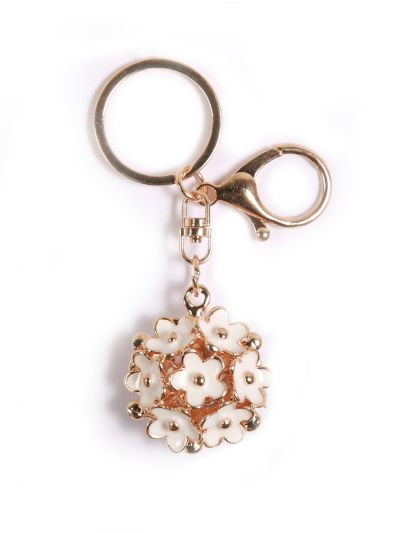 White Folwer Key Chain With White Color and Gold Metal Ring - KCC34
