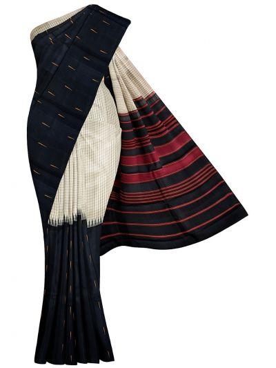 Traditional Silk Saree - OAA0134055