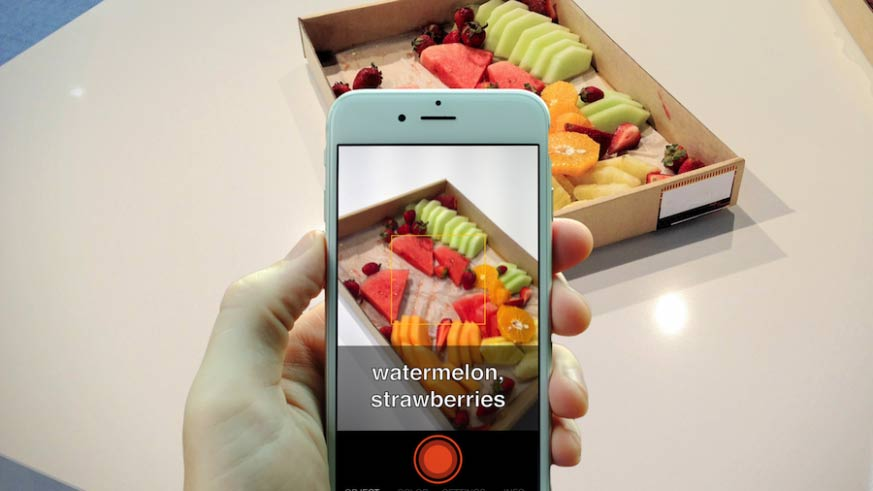 Smartphones apps to help visually impaired person using deep learning