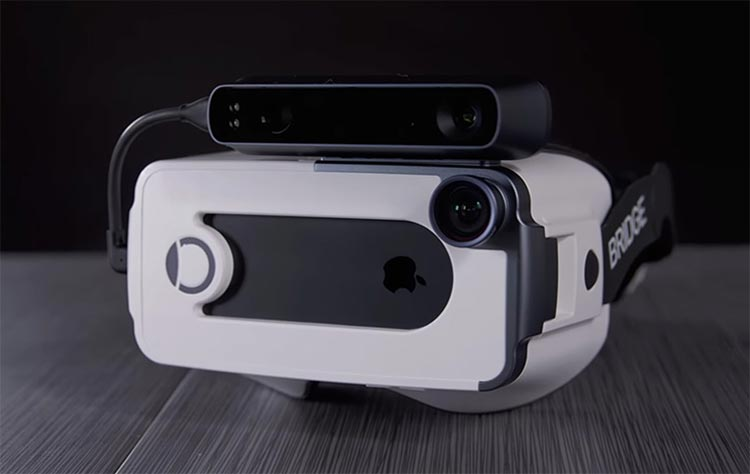 Occipital VR headset