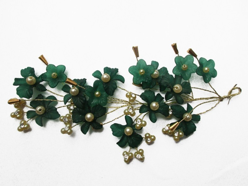 fb88bd0f848 WigOWig Beautiful Green Hair Brooches for Ladies Hair Band(Green ...