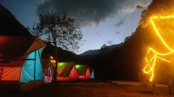 Camping in Kasol (1n2d)
