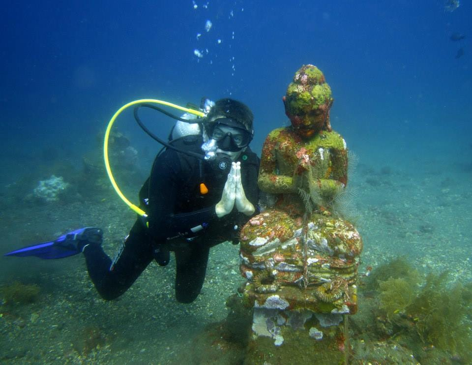 http://www.thegreatnext.com/Wreck Dive Tulamben Coral Garden The Great Next