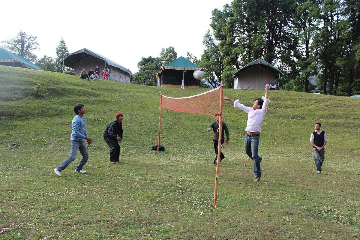http://www.thegreatnext.com/Camping Chopta Uttarakhand Chandigarh Luxury Tents Nature Adventure Activity