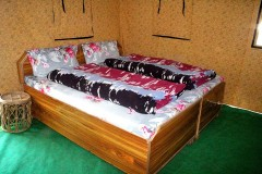 http://www.thegreatnext.com/Camping Chopta Uttarakhand Chandigarh Luxury Tents Nature Adventure Activity