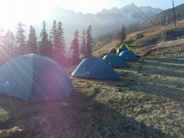 Trek to Sar Pass