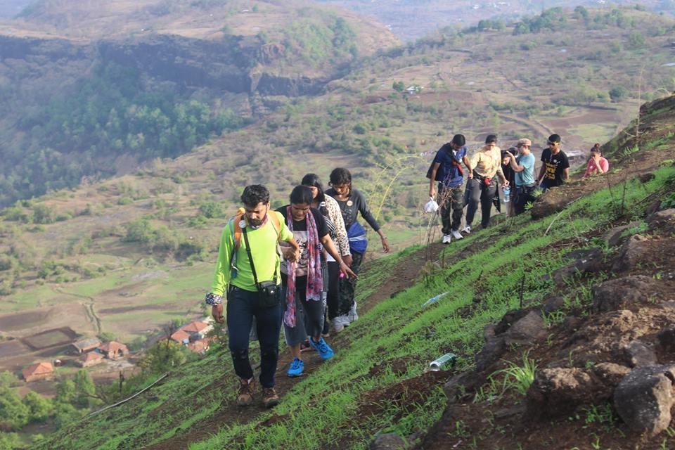 http://m.thegreatnext.com/Trekking Kothaligad Fireflies Maharashtra Mountains Adventure Activity Sports