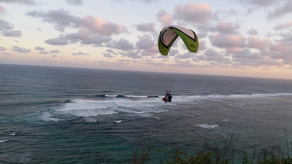 http://www.thegreatnext.com/Tandem Paragliding Bali Timbis Indonesia The Great Next