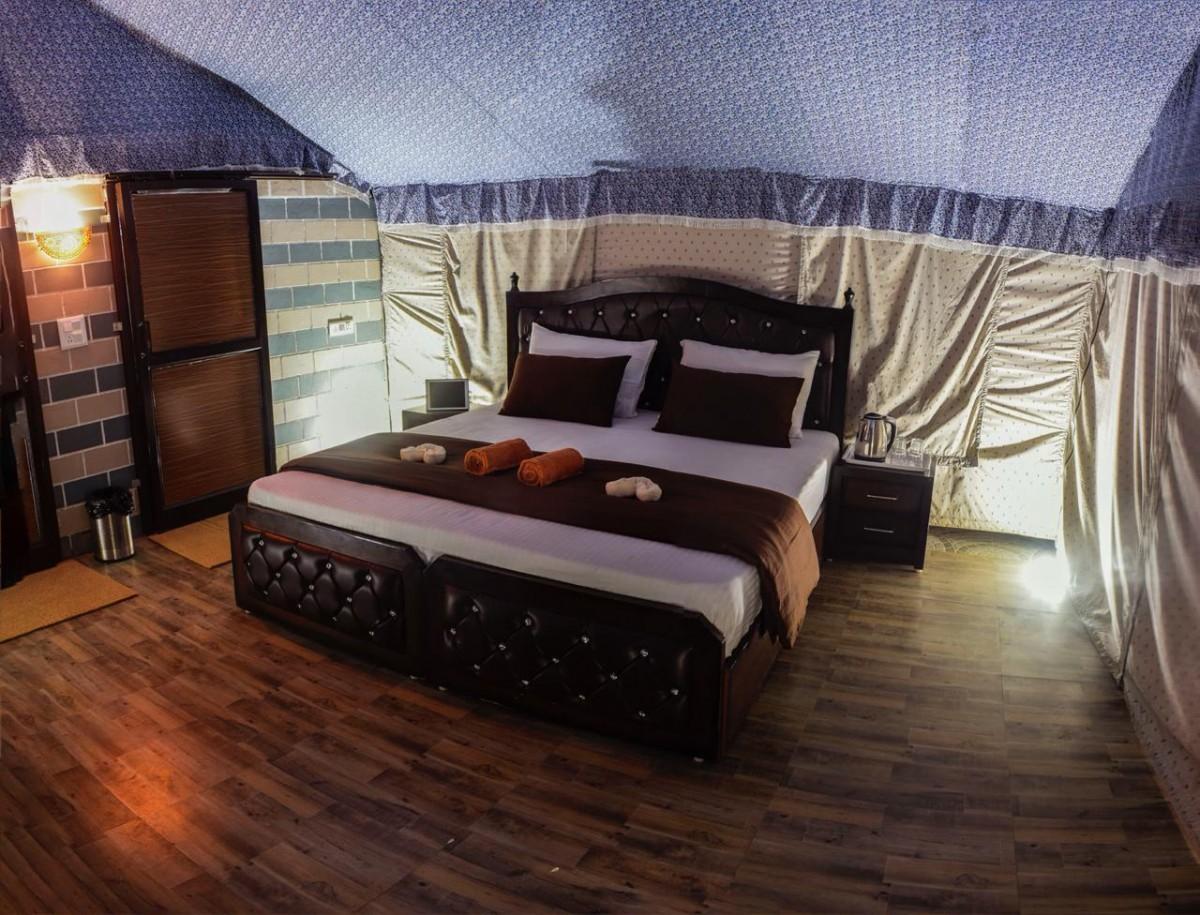 http://www.thegreatnext.com/Camping Rafting New Year 2019 Rishikesh Rafting Uttarakhand Adventure Travel The Great Next