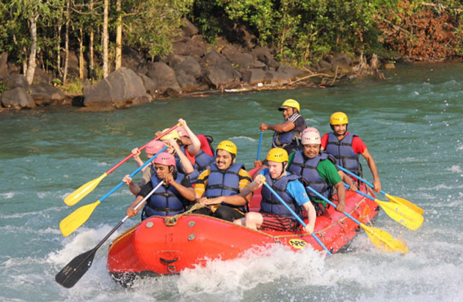 Rafting + lunch day trip in Kolad (weekday)