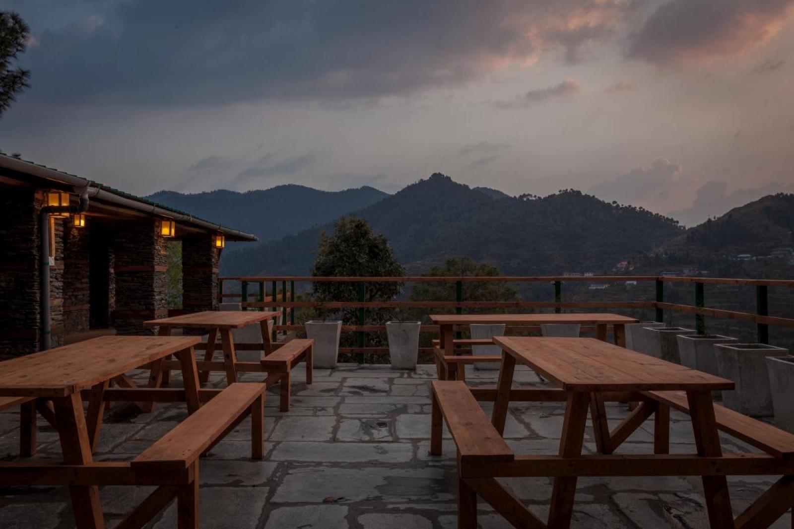Shimla Treehouse Stay