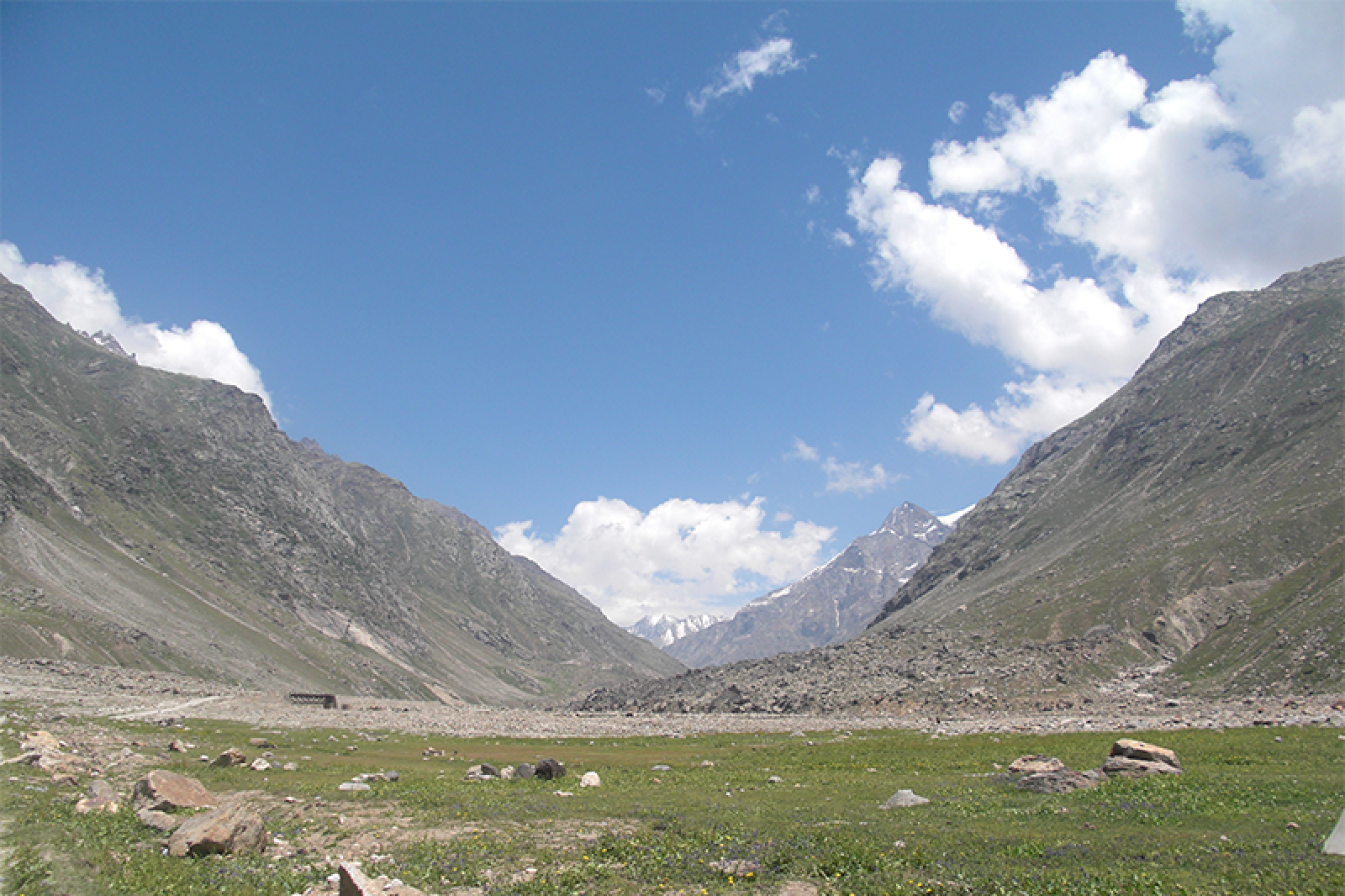 http://m.thegreatnext.com/Trekking Himachal Pradesh Hampta Pass Adventure Travel The Great Next