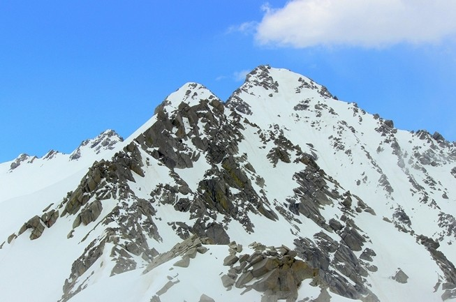 http://www.thegreatnext.com/Moon Peak Dhauladhar Himachal Pradesh Adventure Trekking The Great Next