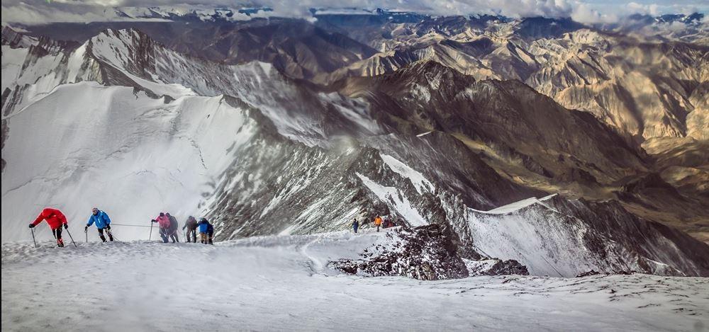 http://m.thegreatnext.com/Stok Kangri Leh Ladakh Himalayas Peak Trekking Adventure The Great Next