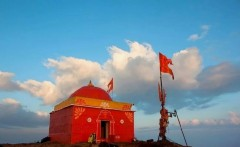 http://m.thegreatnext.com/Kalsubai Peak Trek Maharashtra Highest Western Ghats Sahyadris Bari Village Adventure Travel The Great Next