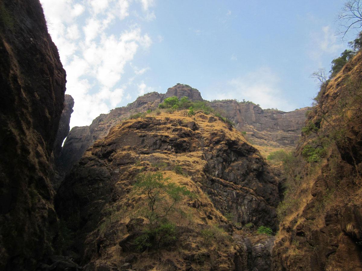 http://www.thegreatnext.com/Trekking Rock climbing Sandhan Valley Trek Sahyadris Maharashtra
