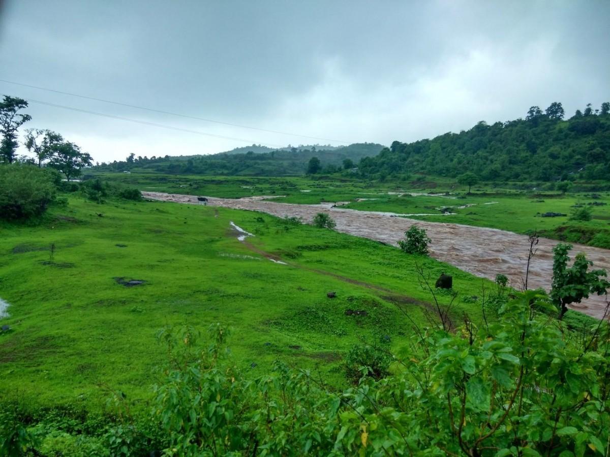 http://www.thegreatnext.com/Sondai Fort Karjat Mumbai Maharashtra Easy Beginner Trekking The Great Next