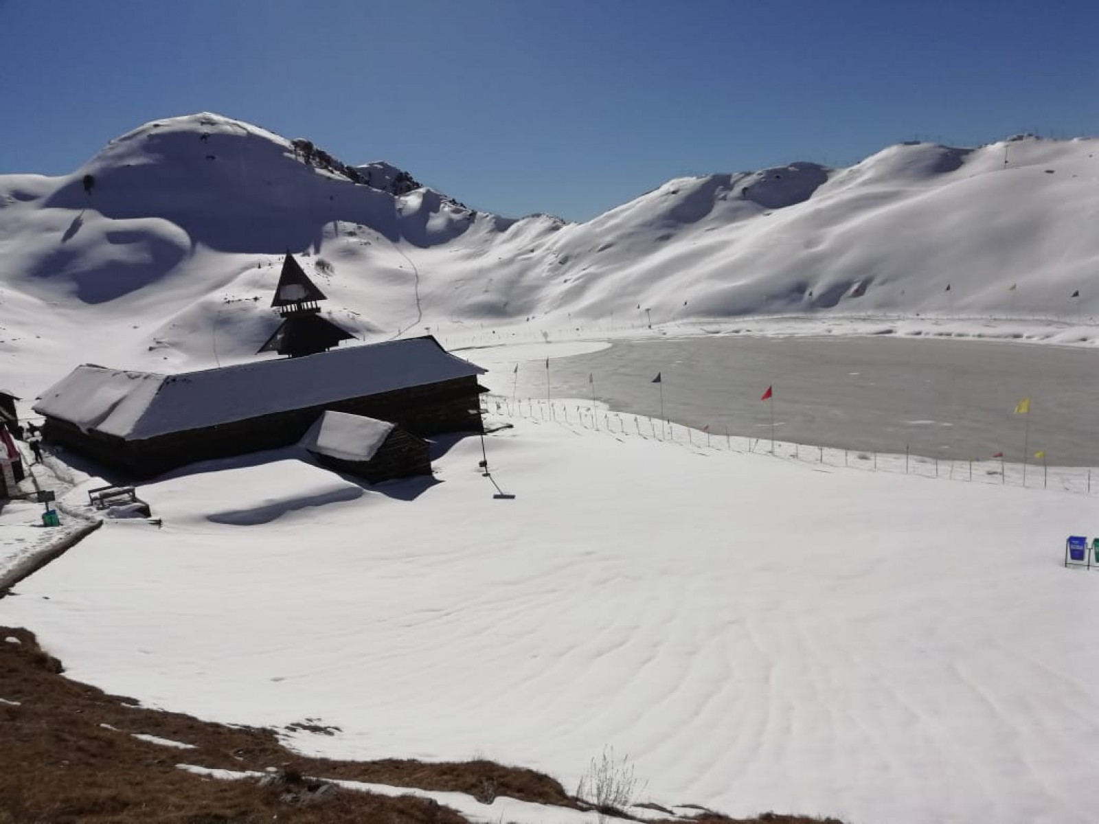 http://m.thegreatnext.com/Parashar Lake Trek Himachal Pradesh Snow Adventure Travel The Great Next