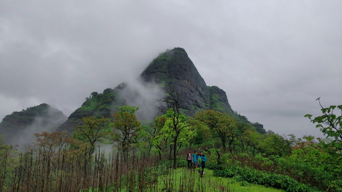 http://www.thegreatnext.com/Manikgad trek Maharashtra Mumbai Trekking Adventure Travel Destinations Mountains